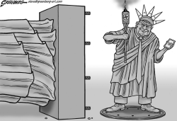 Statue of Trump by Steve Greenberg