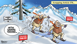 Skiing in Kashmir by Paresh Nath
